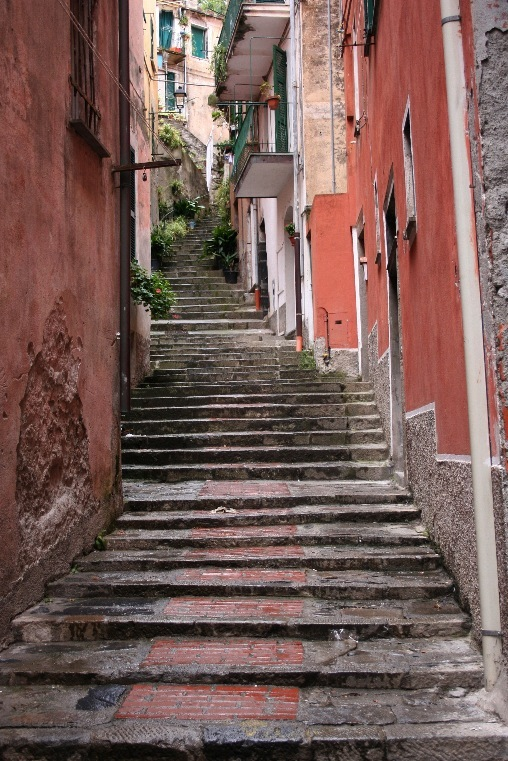 Monterosso is lined with stone footpaths and stairways