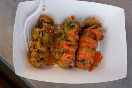 Kimmari (fried nori rolls)