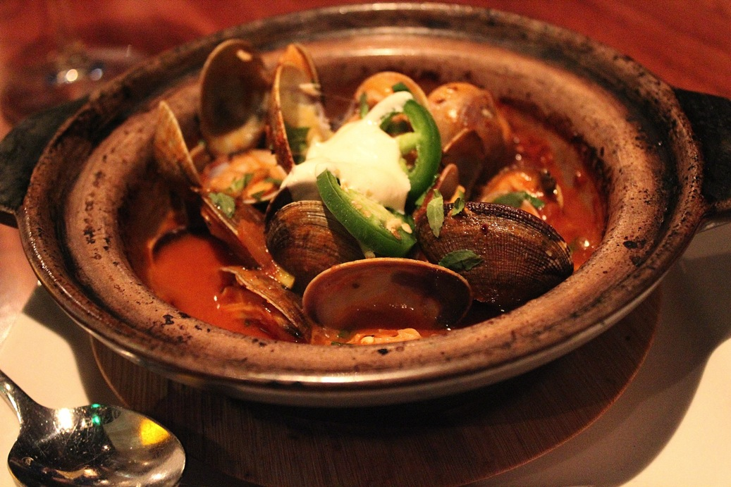 Clay pot clams
