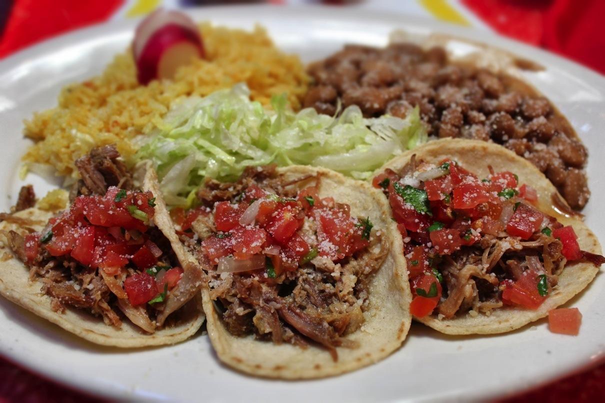 Carnitas taquitos plate