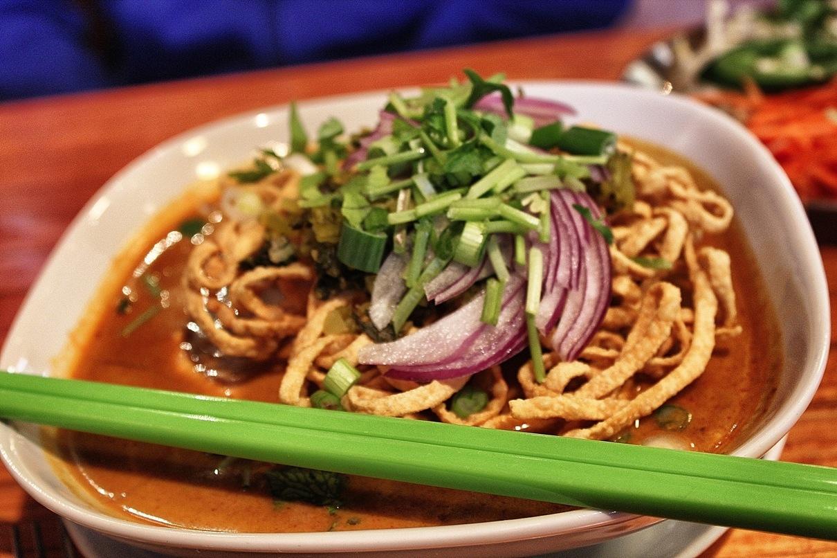Khao soi noodle coup