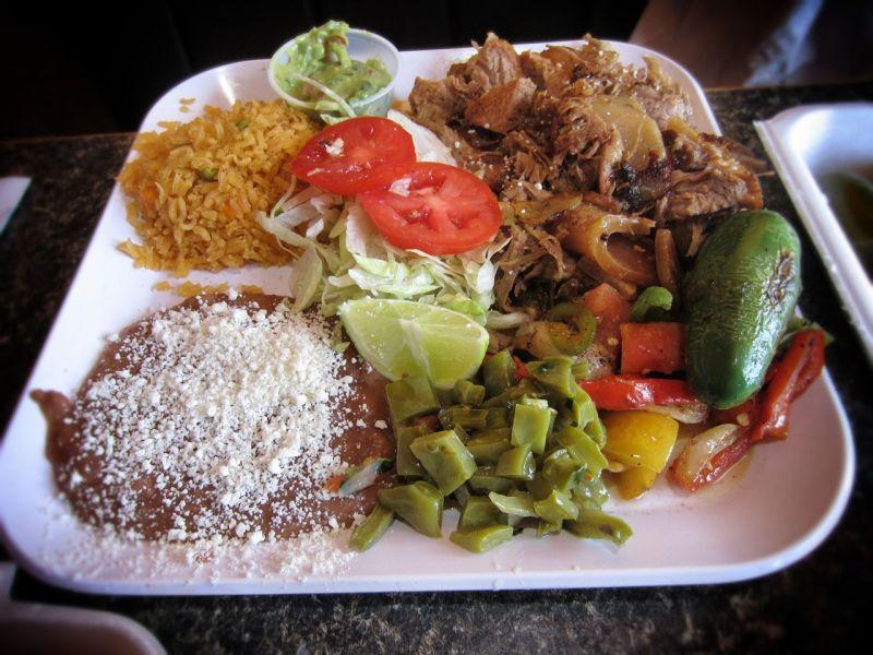 Carnitas plate