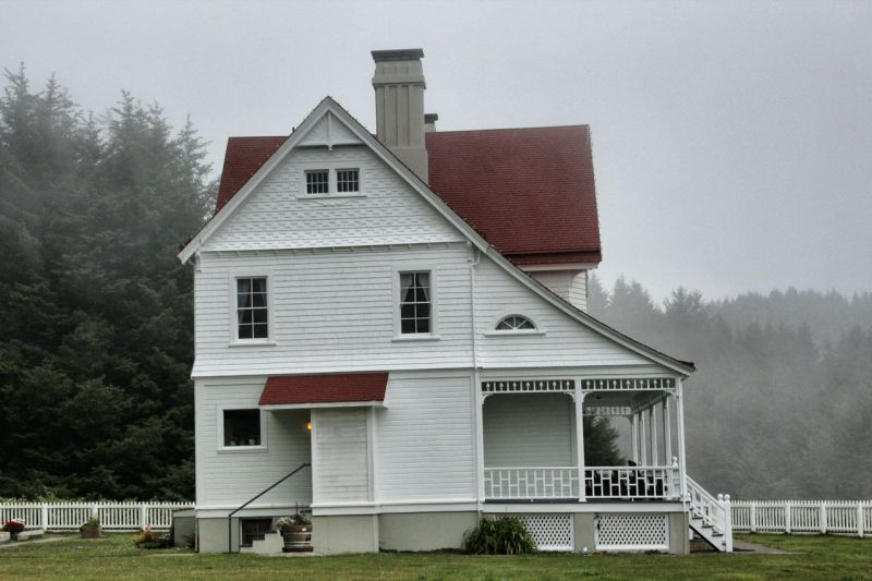 Assistant lightkeeper's house