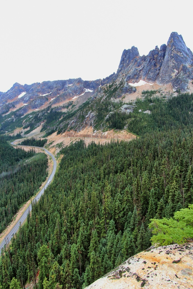 View of hairpin curve from Washington Pass Overlook. Liberty Bell at upper right.
