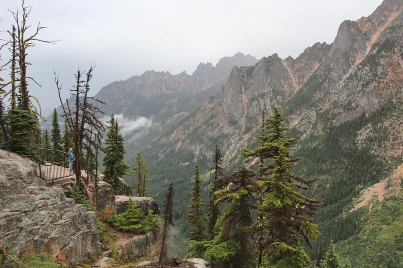 Kangaroo Ridge from Washington Pass Overlook
