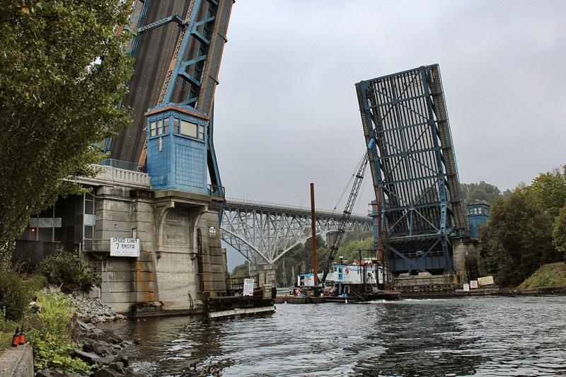 Fremont Bridge fully open