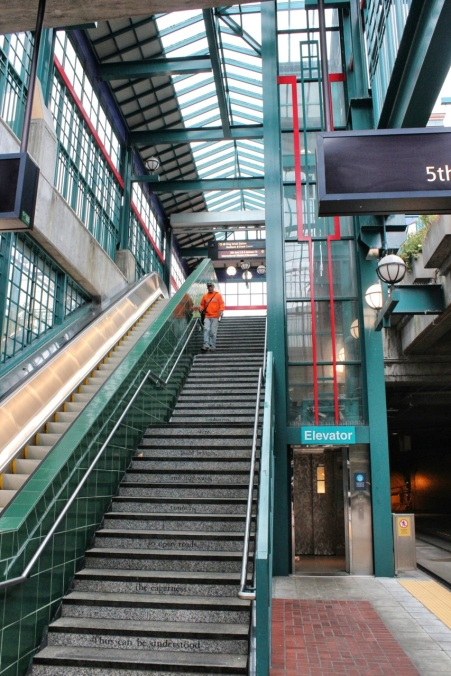 Stairway to tunnel platform