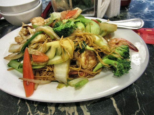 Soft Seafood Chow Mein