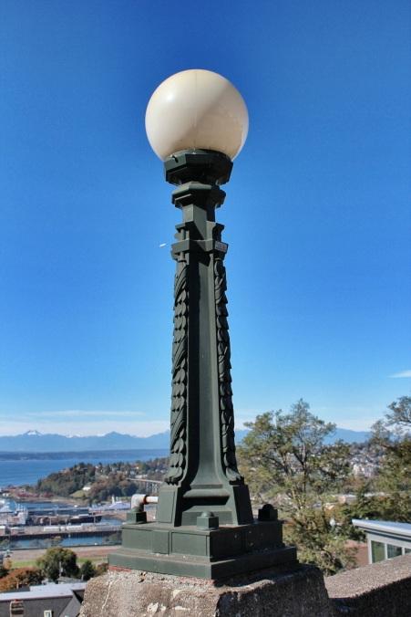 Decorate light post on balustrade