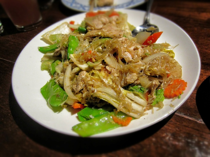 Phad woon sen with pork