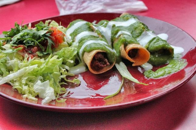 Taquitos dorados (carnitas filling)