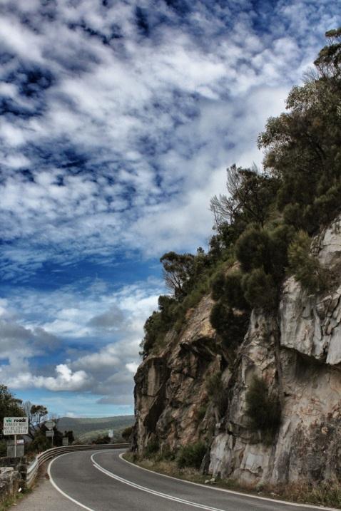 ocean road cliff