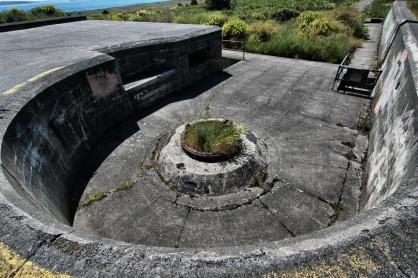 Abandoned artillery battery (Fort Worden State Park)