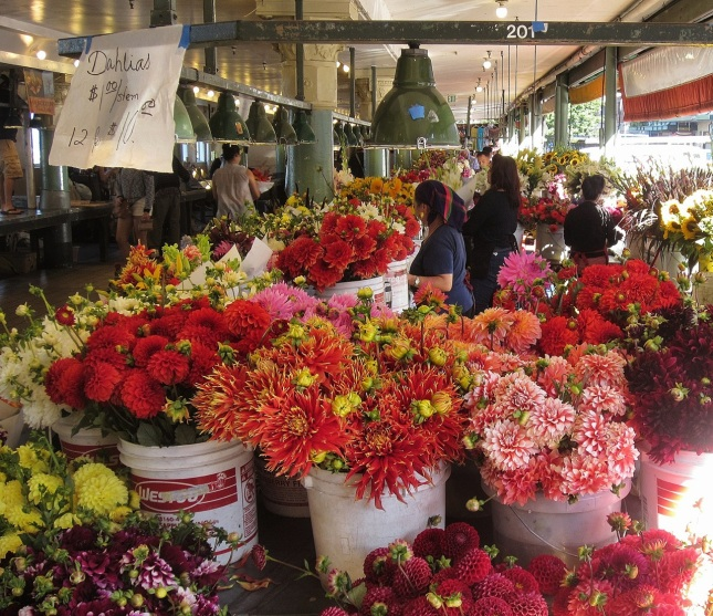 Hmong flower stall at Pike Place Market (August 2013)