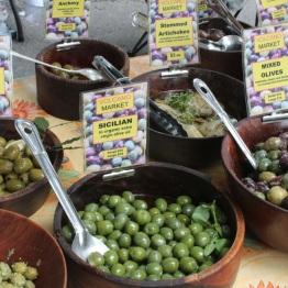 Olives (Volcano Market)