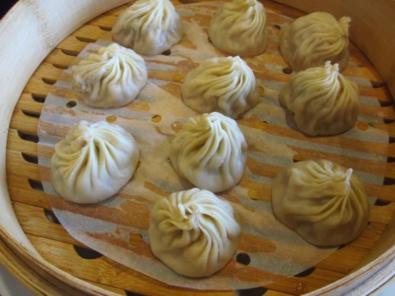 Juicy pork buns (xiao long bao)