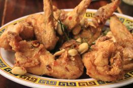 Laotian fried chicken wings