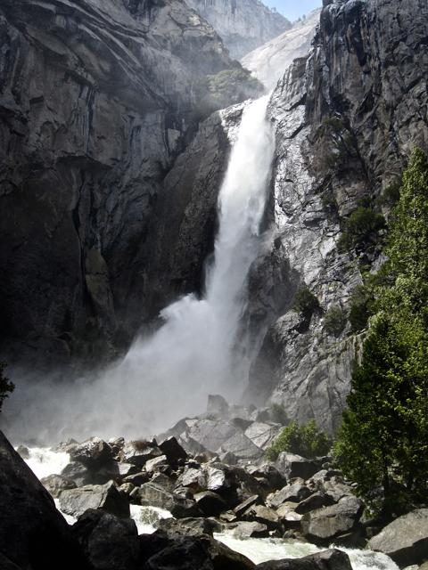 Lower Yosemite Fall, approaching base