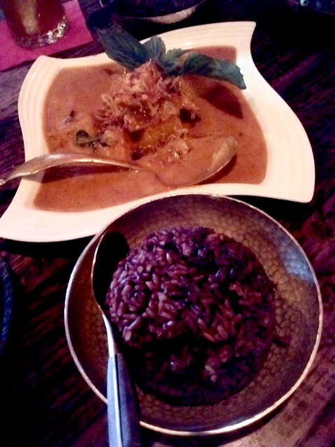 Gaeng faak thong, red rice
