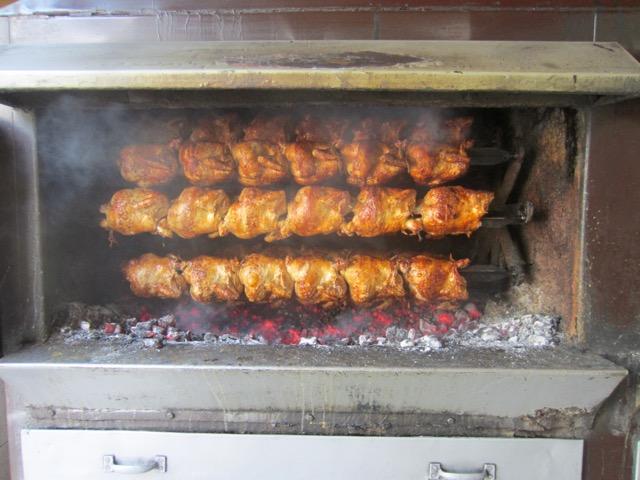Pollo a la brasa, El Pio Pio, Arequipa