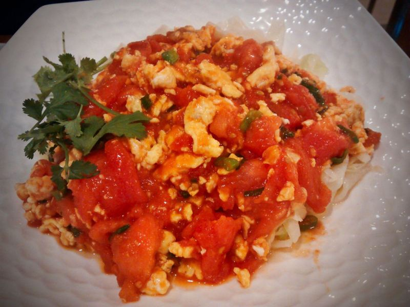 Stir fried tomato egg noodles